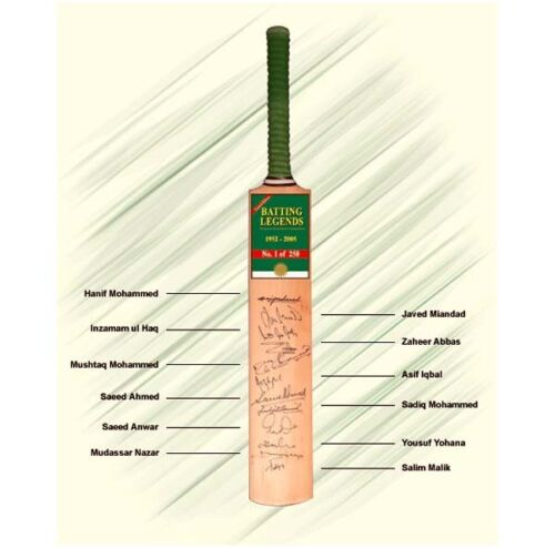 Pakistan – Limited Edition Bat signed by 12 Legends